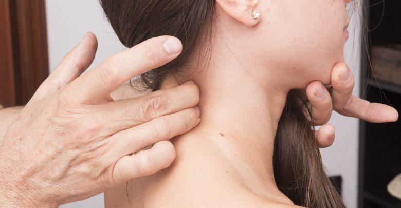 fibromialgia sintomi, cause e rimedi per curarla
